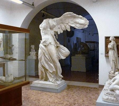 _Liceo_Toschi_Gipsoteca_aula