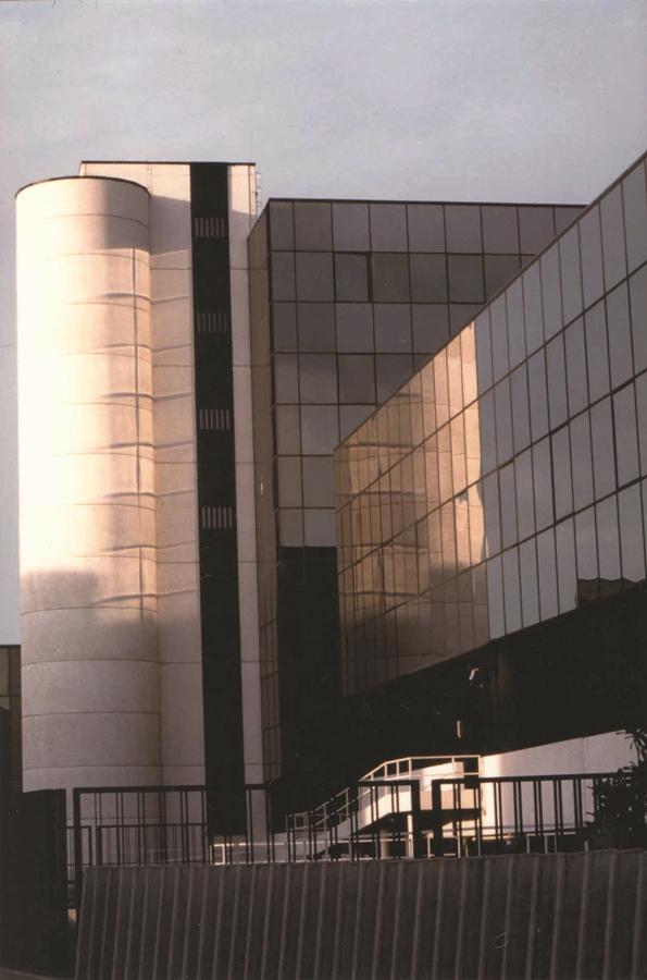 Edificio Direzionale delle Poste Italiane a Parma